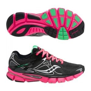 NEW Saucony Mirage 5  Running Sneakers Shoes